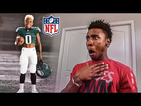 THE FIRST EVER 10 YEAR OLD IN THE NFL!