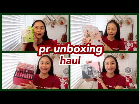 Download Youtube: VLOGMAS: PR Unboxing Haul! (Free Stuff!) + Giveaway | ThatsBella
