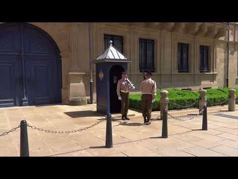 Luxembourg City, Luxembourg - Grand Ducal Palace & Changing of the Guard (2018)