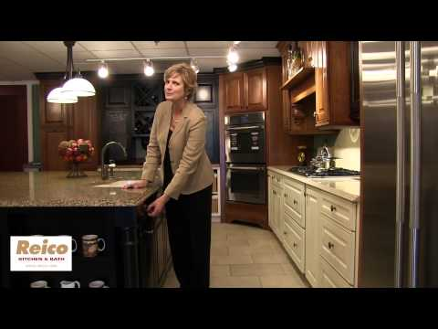Reico | Pull Out Trash Storage Kitchen Cabinets