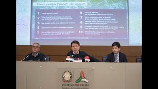 Coronavirus, conferenza stampa al termine del Consiglio dei Ministri