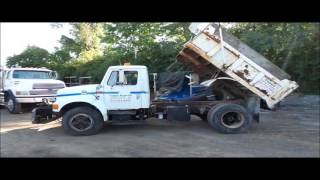 1997 International 4700 dump truck for sale | no-reserve Internet auction October 27, 2016