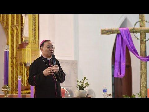 Đức TGM Giuse Vũ Văn Thiên chia sẻ với những người cao tuổi về bổn phận Nên thánh