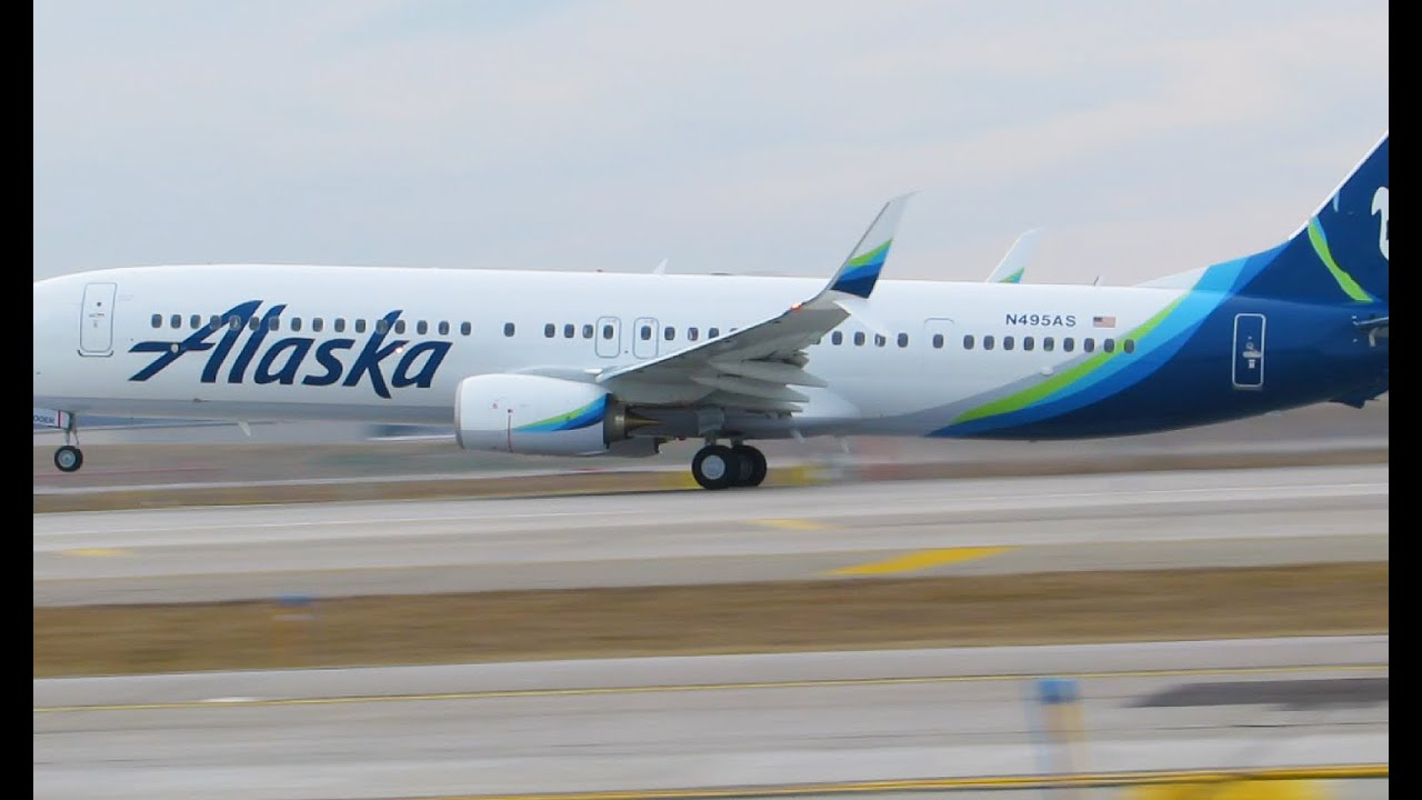 Alaska Airlines New Livery Take Off Dtw Youtube