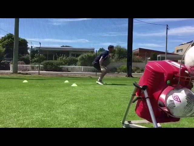 Fitness, Speed & Reflex!⚽️ Powapass keeper Training with @jamealexander.
