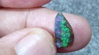 Natürlicher Boulderopal aus Australien, Edelstein,Opal, Schmuckstein