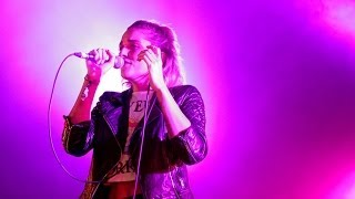 Indiana - Solo Dancing (Radio 1's Big Weekend 2014)