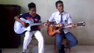 kolaborasi gitar unik