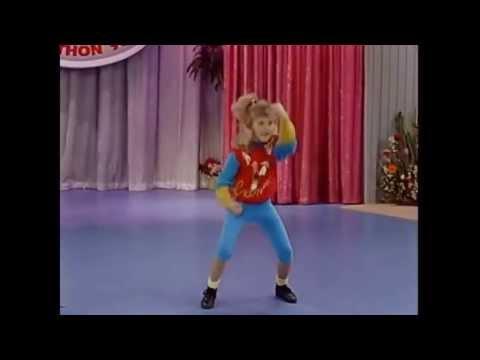Juicy J feat Stephanie Tanner  Bandz a Make Her Dance LOL