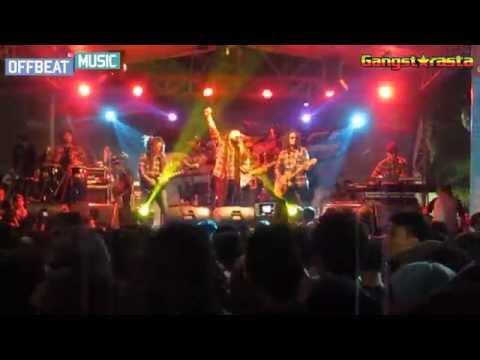 gangstarasta-lepas-live-performance-at-honda-new-fario-fi-seasons-city-mall-jakarta-barat