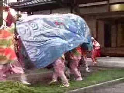 富山県砺波市の獅子舞