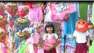 Bé Đi Mua Đồ Chơi Nhân Dịp TẾT TRUNG THU- Bé Mua Váy ELSA, BÚP BÊ CHIBI cực Đẹp*_*Baby channel.