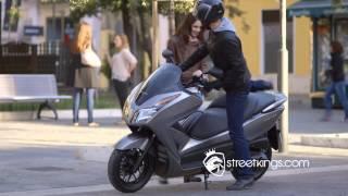Street Kings | Motor bikes | Honda | NSS300 Forza