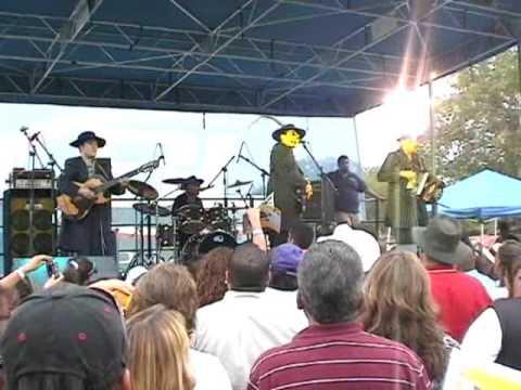 Los Garcia Brothers Dos Carnales LIVE