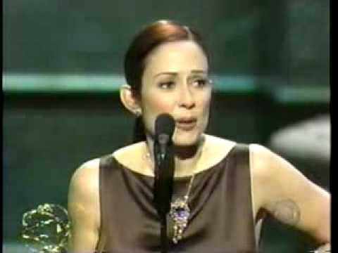 Patricia Heaton wins 2001 Emmy Award for Lead Actress in a ...