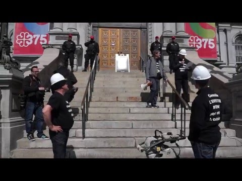 Striking Montreal Engineers Protest In Front of Montreal City Hall 00091
