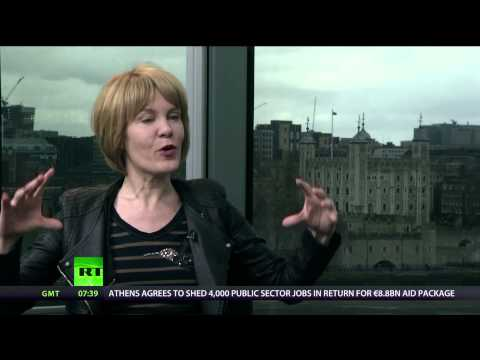 Keiser Report: Magic of Bitcoin Gathering (E432)