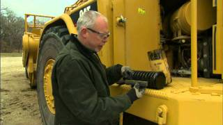 Oil Filter Inspection Tips for your Cat® Machine