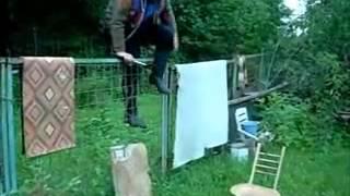 Ассоциация вольного боя на топорах  Урок нападения на врага с топором  Враг   стул