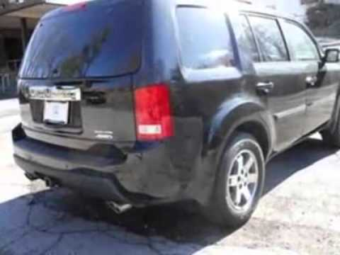 2011 Honda Pilot 4WD Touring with DVD Rear Entertainment System and Navigation SUV - Danbury, CT