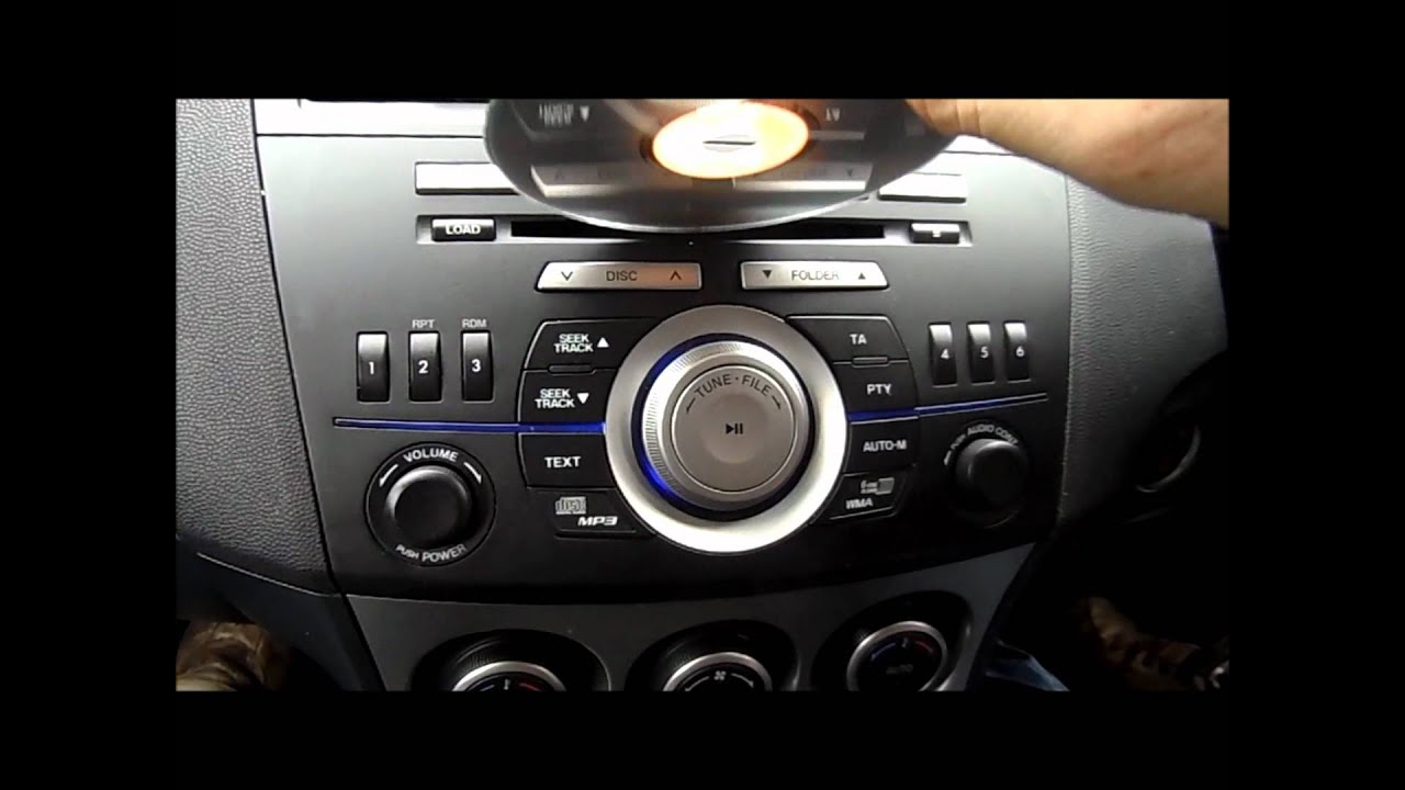 Mazda 3 Owners Manual: Operating the Compact Disc (CD) Player