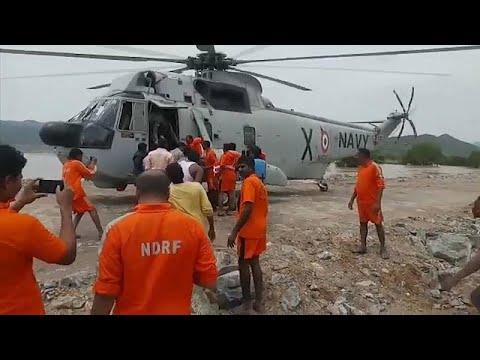 عمليات إنقاذ واسعة و جهود مستمرة للبحث عن ناجين بعد غرق مركب في الهند…  - نشر قبل 23 دقيقة