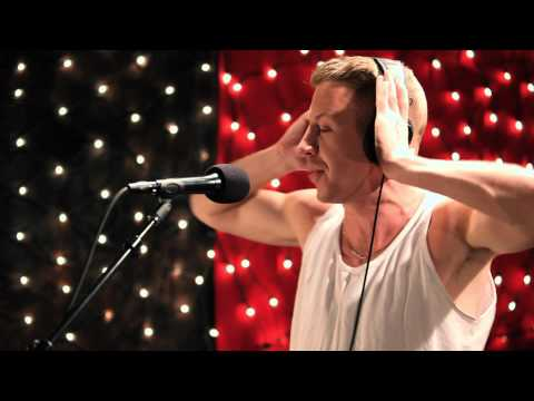 Macklemore and Ryan Lewis - My Oh My (Live on KEXP)