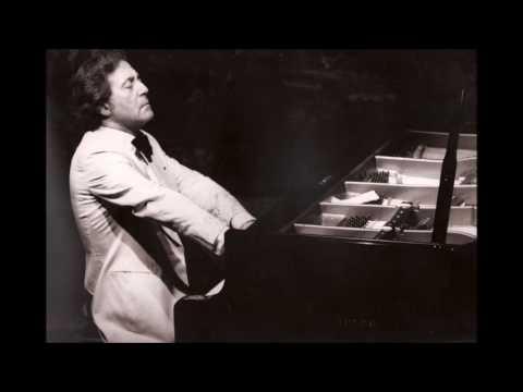 C. DEBUSSY – Piano Works. A. Ciccolini, piano. (Live, Napoli, 1989, II Concerto)