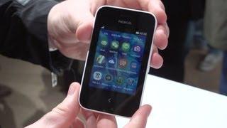Nokia Asha 230 shows off teeny-tiny touchscreen