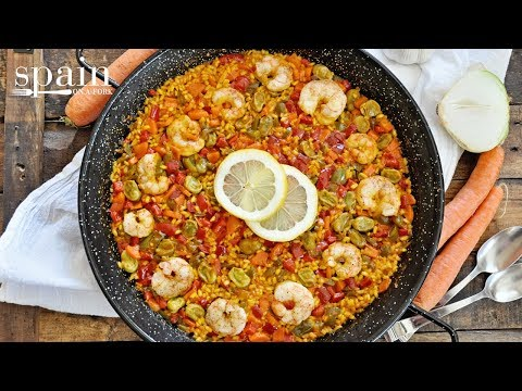 Spanish ¨Paella Campera¨ with Vegetables & Shrimp