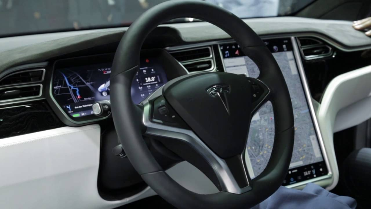 Tesla model x p100d interior design trailer automototv for Tesla model x interieur