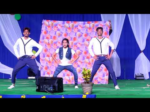 Dance performance of GILLI GILLIGA song by IIIT students in ABHIYANTH2K18