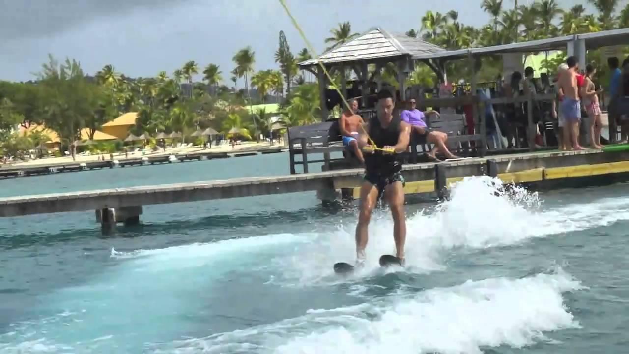 Club Med Les Boucaniers - Martinique 2011 - YouTube Shakira Waka Waka