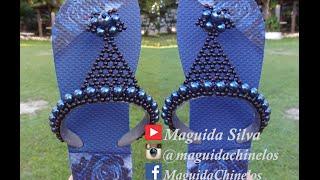 Lindo chinelo customizado em perolas – Por Maguida Silva