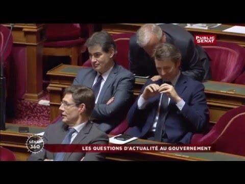 Ambiance potache entre Manuel Valls et François Baroin au Sénat