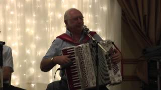 Mick Foster sings the Old Bog Road at the Crooked Road cd launch