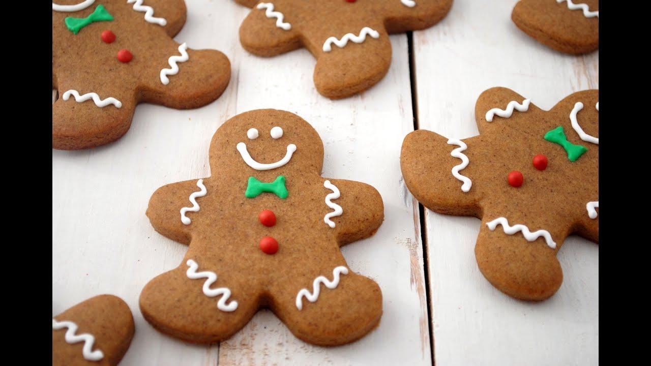 Biscotti Di Natale Ricette Giallo Zafferano.Omini Di Pan Di Zenzero Biscotti Di Natale Facili E Veloci