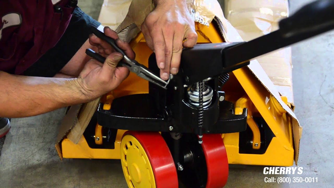 Atlas Pallet Truck Assembly Part Installing The Handle Youtube