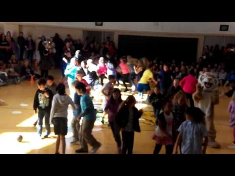 Pacific Union performs the Harlem Shake at the May Dance 2013