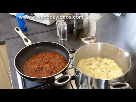 Quick Meals: Easy Italian Recipes - Easy Pasta Recipe - Spaghetti Sauce Recipe