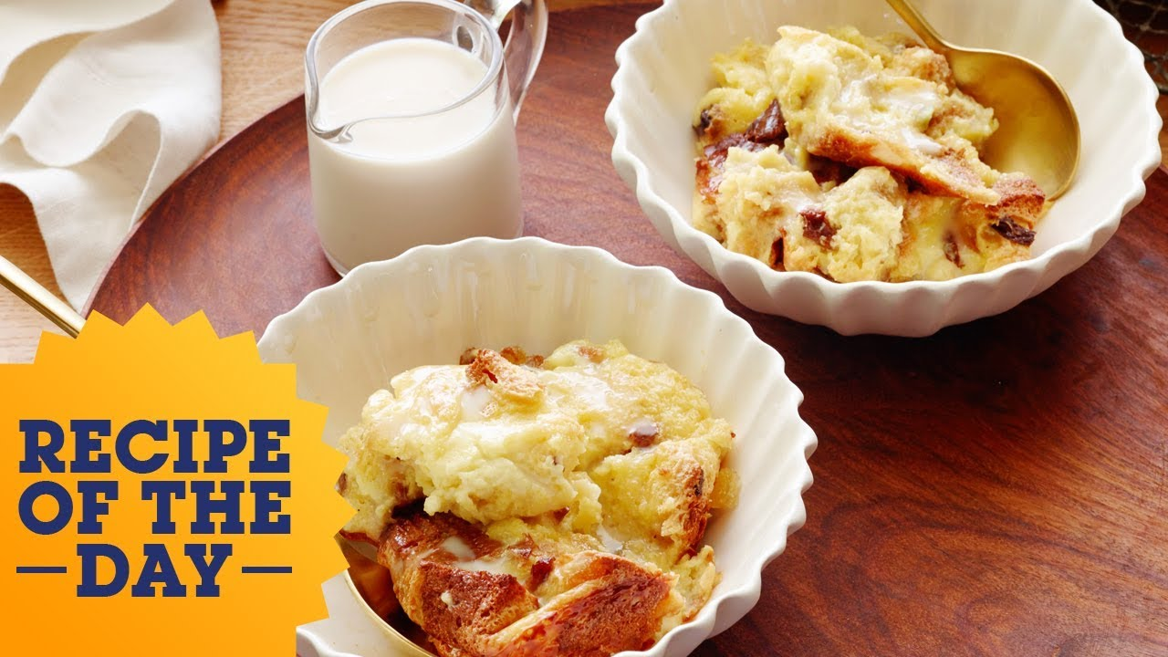 Recipe Of The Day Giada S Panettone Bread Pudding With Amaretto Sauce Food Network