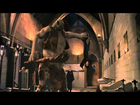 Harry Potter and the Philosopher's Stone (Clip) Harry, Ron and Hermione vs the Troll