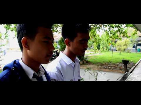 Juara 3 Lomba Film Pendek BNPT (2016) SMAN 3 Samarinda Indahnya Perbedaan