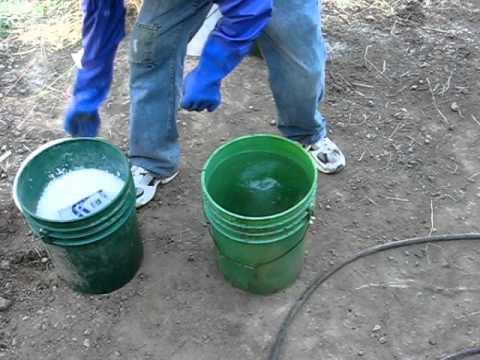 MAKING BIO-DIESEL (Mixing Methyl Alcohol with Potassium Hydroxide
