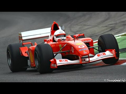 Most EPIC Sounding Engine Ever? - Ferrari F1 V10 PURE Sounds!