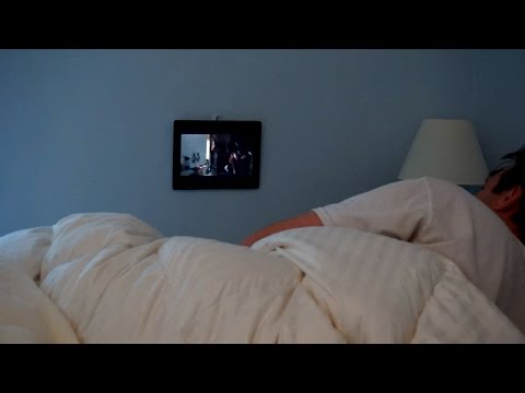 The Best Way to Watch Netflix in Bed