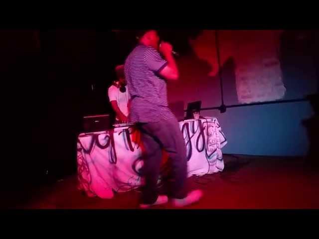 Live @ Louie's Lounge Soul singer Ja Wade and Rhymez Da Ebony ft. Chuck Stubz and Shadow