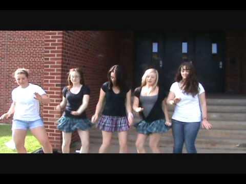 No Te Metas A Mi Facebook- 9th grade music video