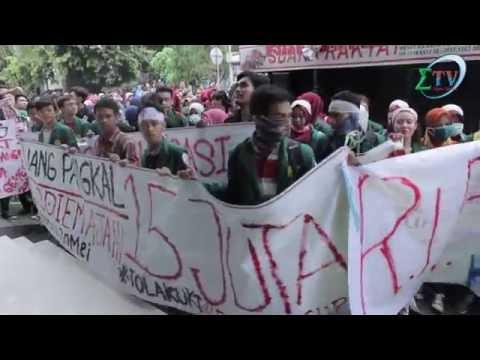 Tolak Uang Pangkal, Ribuan Mahasiswa UNJ Serbu Gedung Rektorat