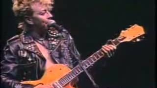 Stray Cats - Fishnet Stockings (Live In Paris)